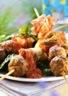 Brochettes de kebab avec sauce piquante