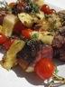 Brochettes de magret de canard, ananas et tomates cerises