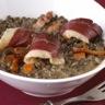 Magret de canard séché et lentilles crémées sauce verjus du périgord