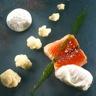 Pavé de saumon chou-fleur et oeufs pochés fromage blanc à la ciboulette