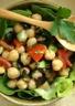 Salade de pois chiches aux olives tomates et concombre