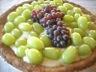 Tarte aux raisins et crème anglaise végétalienne