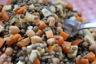 Salade de lentilles vertes, de tofu et de pois chiches