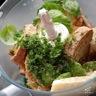 Agneau en croûte d'herbes et tian pommes de terre-courgettes