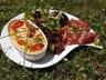 Clafoutis aux tomates cerises et pesto de basilic aux amandes