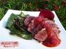 Magret de canard, salade de fanes de betterave, salsa framboise-poivron