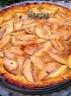 Tarte aux pommes sur caramel au beurre salé