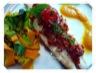 Filets de bar au crumble de chorizo, coulis de poivrons jaune et tagliatelles de légumes