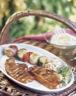 Plat moutons et agneaux: Côtes d'agneau marinées et leurs brochettes de légumes