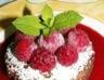Gâteau moelleux au chocolat framboises et cardamome
