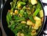 Poêlée de pois gourmands et pommes de terre