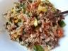 Riz sauté au boeuf haché et légumes