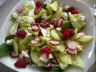 Salade acidulée au boulgour, chèvre, radis, concombre et framboises