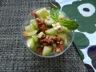 Salade concombre, féta, tomates séchées et sa vinaigrette tomate basilic