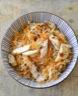 Salade de vermicelles de riz, spaghettis de carottes et poulet