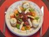 Salade du sud : melon et jambon cru aux deux fromages