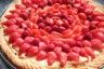 Tarte fraises framboises et crème pâtissière parfumée à l'huile essentielle d'ylang-ylang