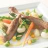 Aiguillettes de canard aux épices douces en cocotte de légumes aux mangues rôties herbes fraic...