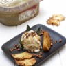 Ananas rôti à la vanille chips d'ananas noix de pécan caramélisées et Crème glacée Carte d'Or F...