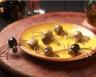 Araignées rampantes en olives à l�??ail pour Halloween