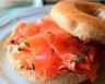 Bagels au saumon fumé et fromage frais à l'aneth