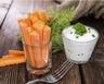 Batônnets de carottes sauce au yaourt et ciboulette
