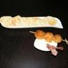 Boudin blanc en croûte façon brochette chips de pommes de terre et de jambon d'Ardennes et sauce...