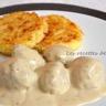 Boulettes aux oignons sauce moutarde et balsamique et galettes de riz à la mozzarella