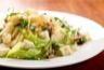 Brie et poires en salade