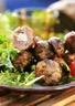 Brochettes de boulettes d'agneau