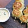 Brochettes de boulettes de poulet à la coriandre et au cumin