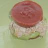 Burgers d'avocats-thon et sa gelée de coulis de tomates