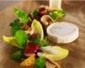 Cabécou du Périgord Rians chaud magret de canard fumé et copeaux de foie gras vinaigrette à la clémentine