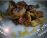 Cailles braisées au miel et aux pommes raisins