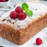 Cake à la noix de coco aux framboises et aux pépites de chocolat au lait