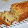 Cake au chèvre curry et raisins secs