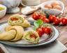 Calzone roulé aux tomates cerises mozzarella et pesto
