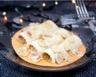 Cannelloni de crème de saumon beurre de crabe et châtaignes en fins copeaux