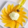 Carpaccio de mangue et émulsion d'huile d'olive extra vierge à la vanille