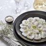 Carpaccio de Saint-Jacques à l'huile de vanille citron vert et fleur de sel
