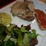 Carré de porc aux parfums d'ail rose de Lautrec et de sauge purée de pommes-de-terre nouvelles d...