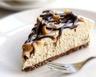 Cheesecake au café sauces chocolat et caramel