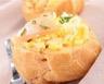 Choux farcis aux œufs brouillés et au saumon