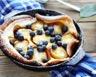 Clafoutis aux prunes et myrtilles