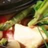 Cocotte d'asperges des Landes et poulet fermier des Landes herbes thaï et lait de coco