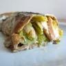 Crêpes à la farine de châtaigne garniture saumon poireaux