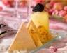 Crousti de foie gras aux noix gelée de vin jaune et pomme charlotte aux morilles