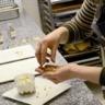 Crumble aux noix et à la Tomme de Savoie accompagné de son chutney poire et vanille