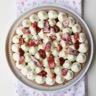 Dessert aux fraises namelaka citron vert chantilly mascarpone-pistache sur sablé breton