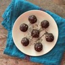 Energy balls dattes et chocolat sans cuisson